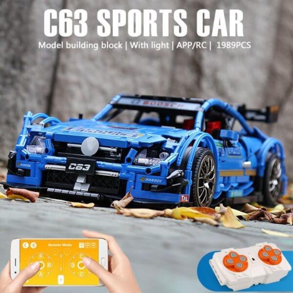 Спортивный автомобиль «Mercedes Benz C63», конструктор Mould King на радиоуправлении