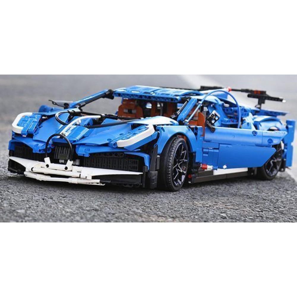 Спортивный автомобиль «Bugatti Divo», конструктор Mould King без радиоуправления